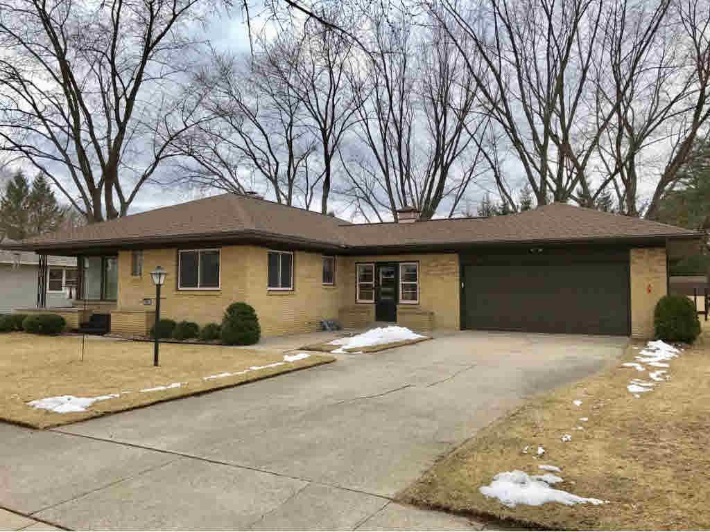 View Single-Family Home For Sale at 381 BROWN AVE, PESHTIGO, WI