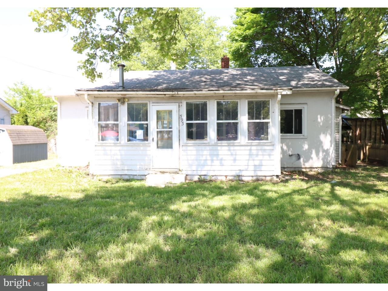 Casa Unifamiliar por un Venta en 593 N BROADWAY Deepwater, Nueva Jersey 08023 Estados Unidos