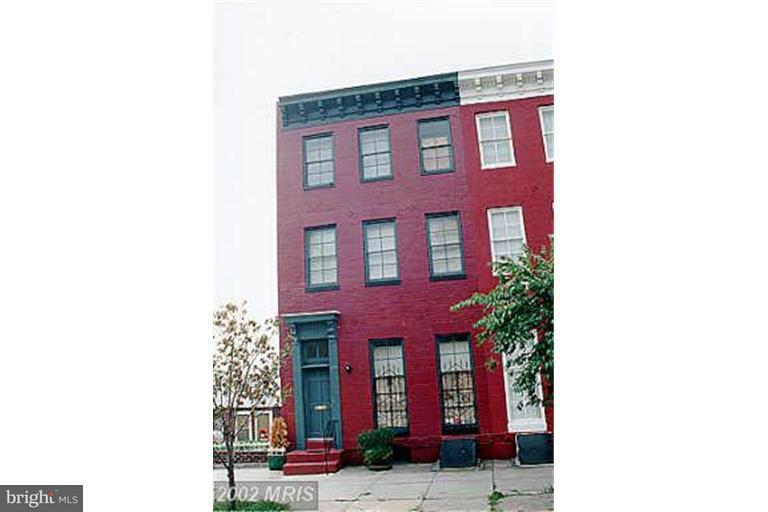 Photo of home for sale at 1307 Hollins Street, Baltimore MD
