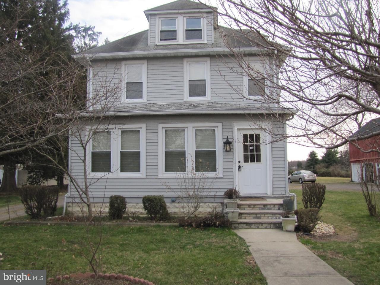 独户住宅 为 销售 在 425 RIDGE Road Dayton, 新泽西州 08810 美国在/周边: South Brunswick Township
