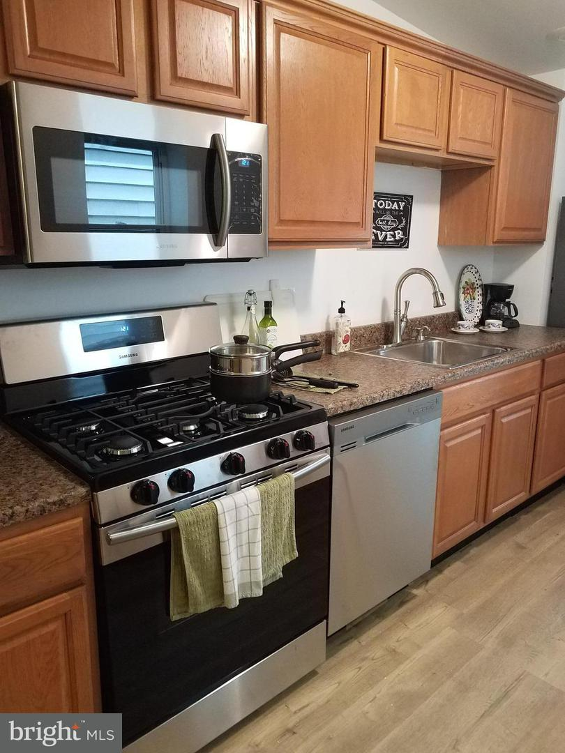 Single Family for Sale at 3421 Keswick Rd Baltimore, Maryland 21211 United States