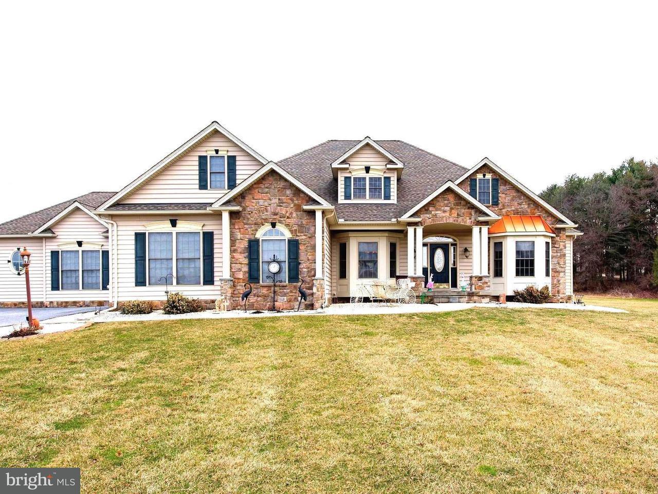 独户住宅 为 销售 在 17405 Pleasant Meadow Road 17405 Pleasant Meadow Road Upperco, 马里兰州 21155 美国