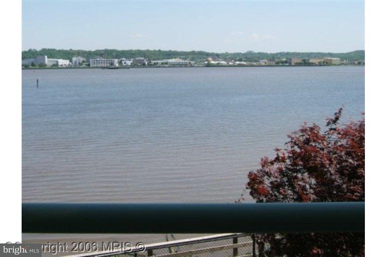 Other Residential for Rent at 501 Slaters Ln #21 Alexandria, Virginia 22314 United States