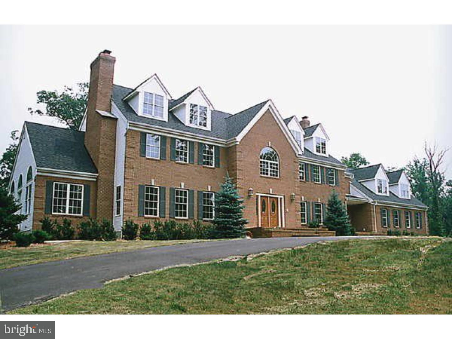 Single Family Home for Sale at 370 DUTCHTOWN-ZION Road Hillsborough, New Jersey 08844 United StatesMunicipality: Hillsborough