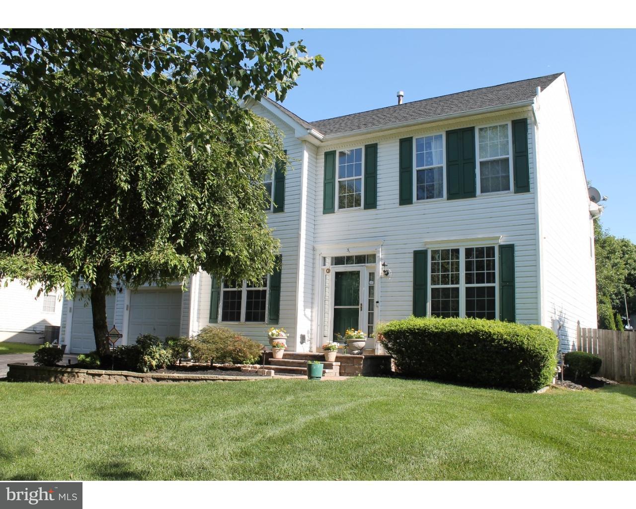 独户住宅 为 销售 在 3 PEMBERTON Lane 东温莎, 新泽西州 08520 美国在/周边: East Windsor Township