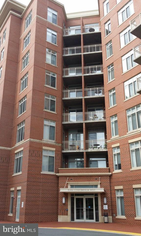Appartement en copropriété pour l Vente à 4490 Market Commons Dr #Ph-02 4490 Market Commons Dr #Ph-02 Fairfax, Virginia 22033 États-Unis