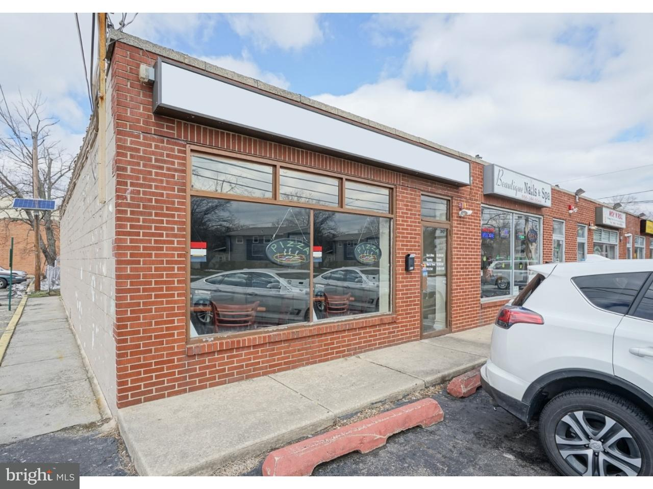 独户住宅 为 销售 在 811 W EVESHAM Avenue Magnolia, 新泽西州 08049 美国