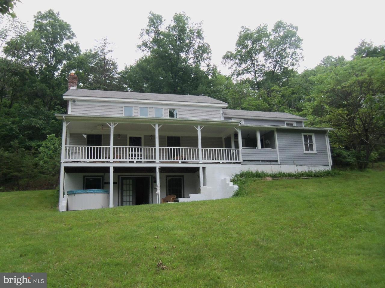 Single Family for Sale at 441 Lamontay Ln Great Cacapon, West Virginia 25422 United States
