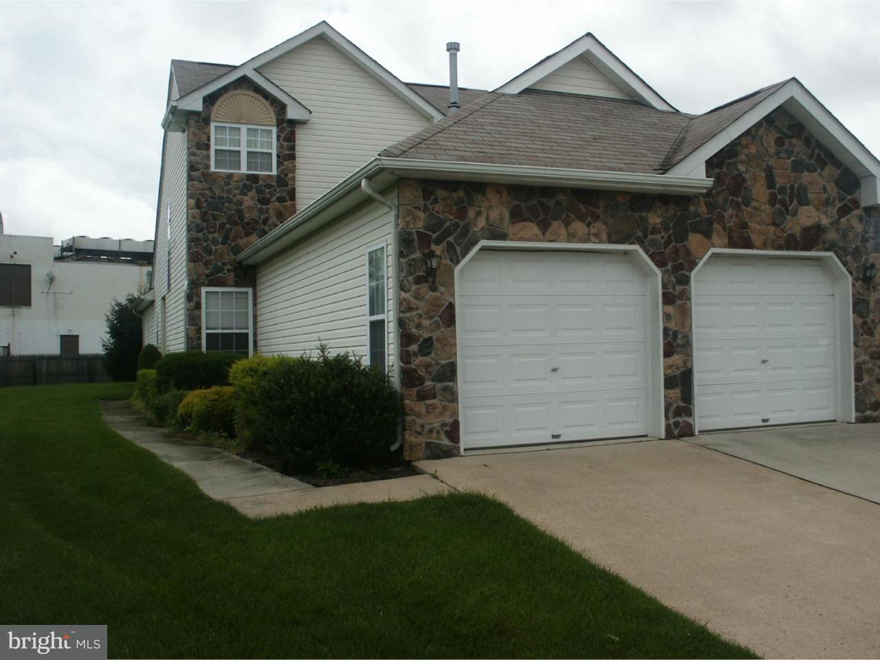 Casa Unifamiliar por un Alquiler en 8 MADISON Court Beverly, Nueva Jersey 08010 Estados Unidos