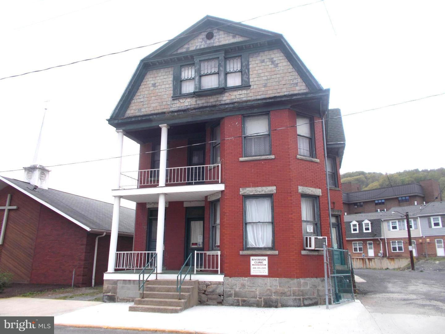 Single Family for Sale at 122 Ashfield St Piedmont, West Virginia 26750 United States