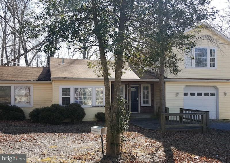 Photo of home for sale at 11476 Rawhide Road, Lusby MD