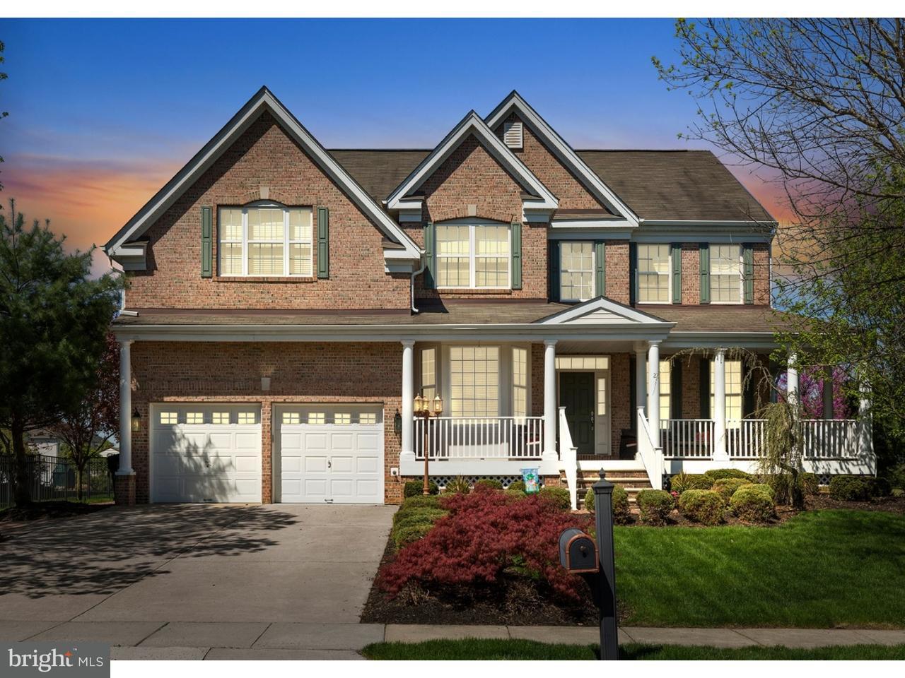 Photo of home for sale at 2 Banbury Road, Lumberton NJ
