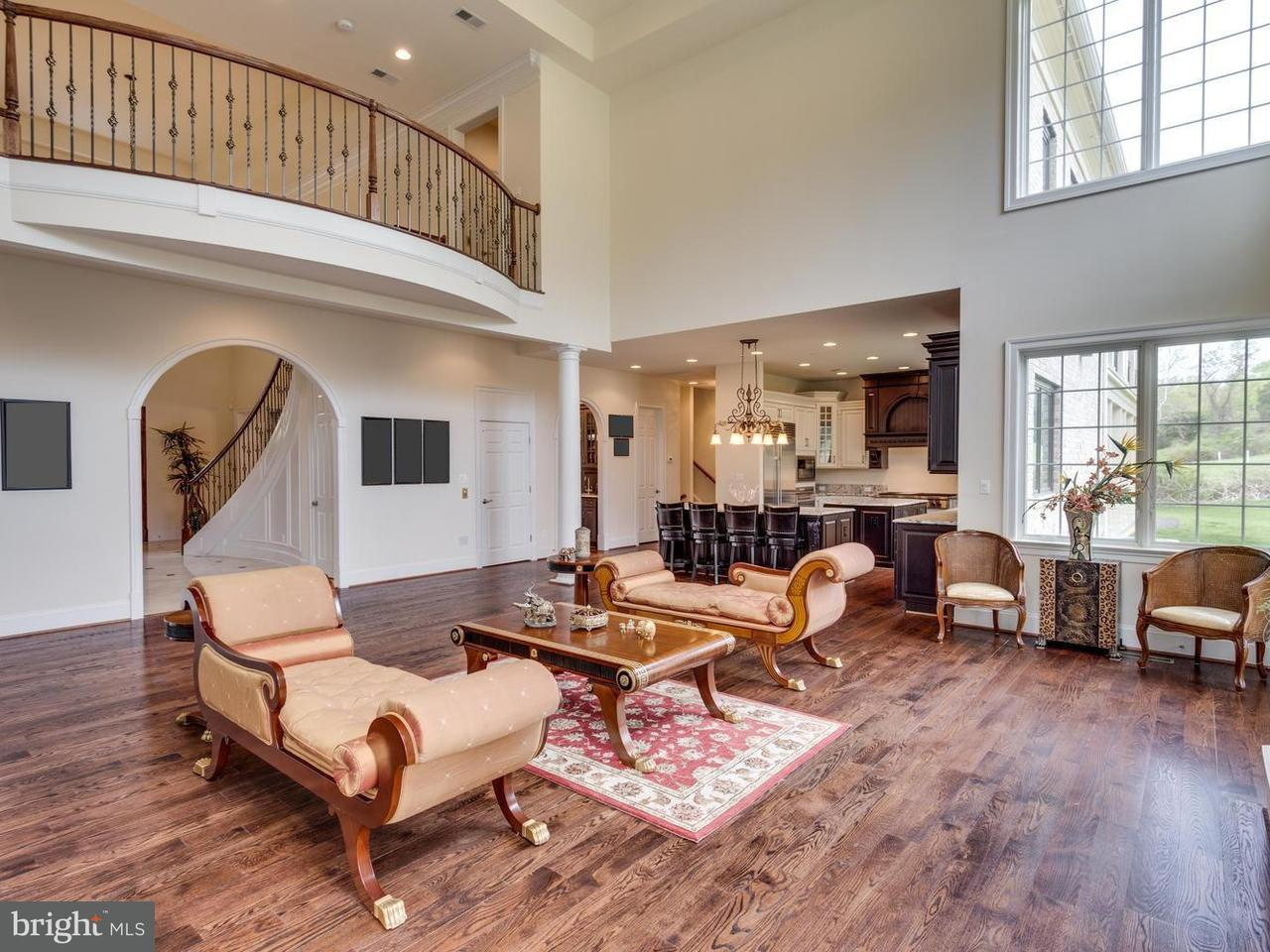 Single Family for Sale at 879 Spring Hill Rd McLean, Virginia 22102 United States