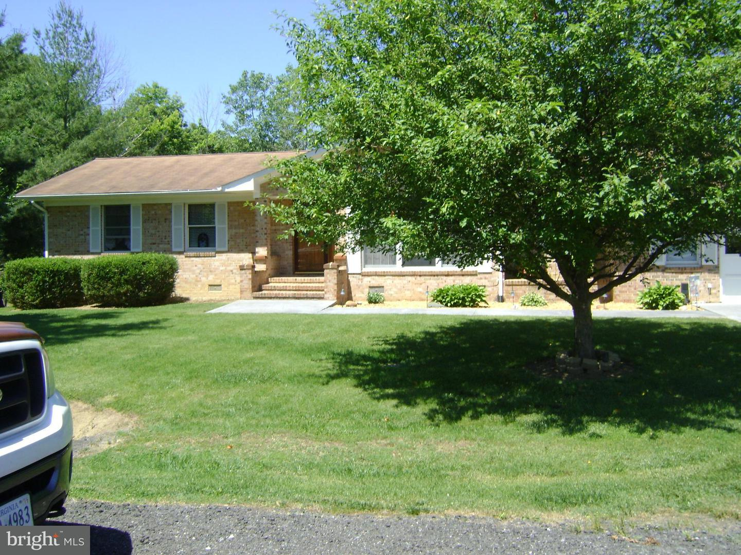 Other Residential for Rent at 294 S Loudoun St Strasburg, Virginia 22657 United States