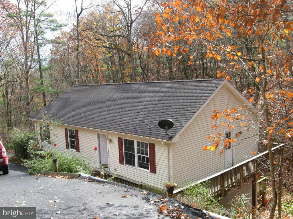 Single Family for Sale at 190 Brian Dr Basye, Virginia 22810 United States