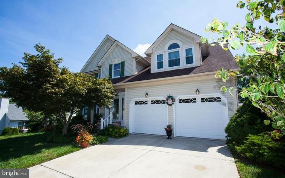 独户住宅 为 销售 在 9531 Hallhurst Road 9531 Hallhurst Road Nottingham, 马里兰州 21236 美国