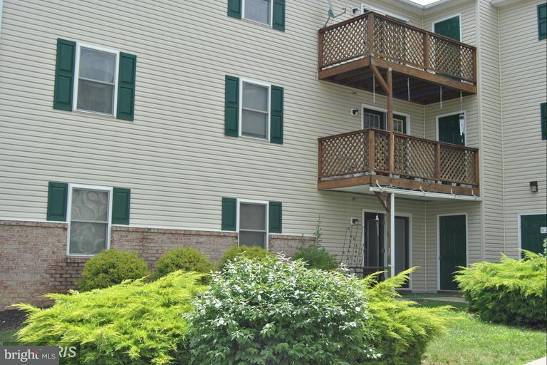 Condominium for Rent at 125e-1 Hailey Ln #e1 Strasburg, Virginia 22657 United States