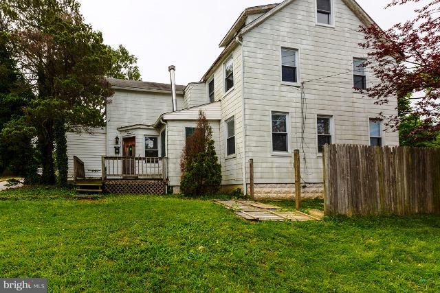 Single Family for Sale at 1100 Haverhill Rd Baltimore, Maryland 21229 United States