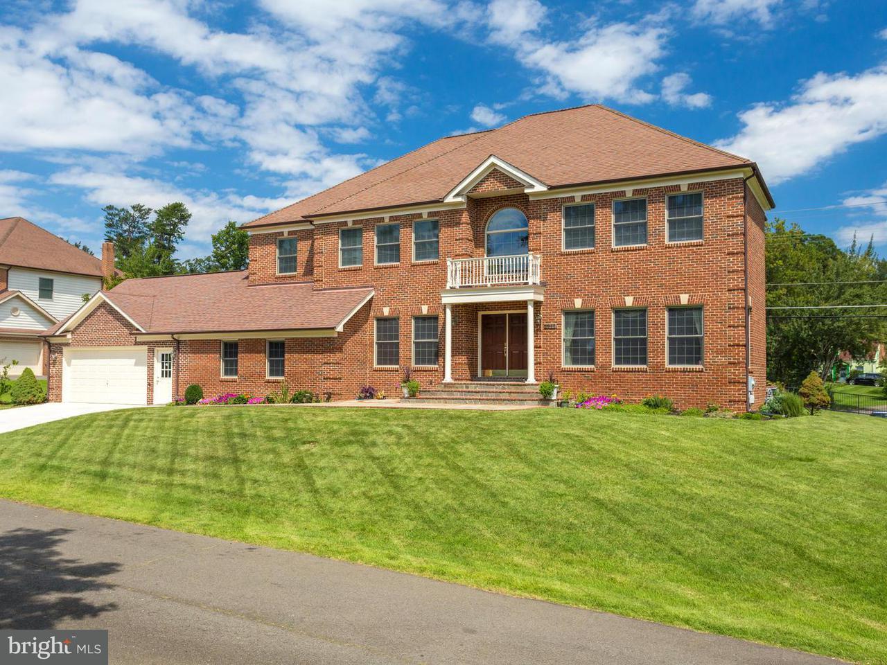 Μονοκατοικία για την Πώληση στο 4000 Downing Street 4000 Downing Street Annandale, Βιρτζινια 22003 Ηνωμενεσ Πολιτειεσ