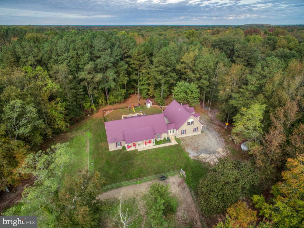Nhà ở một gia đình vì Bán tại 2089 HOLLY SPRING Road Felton, Delaware 19943 Hoa Kỳ