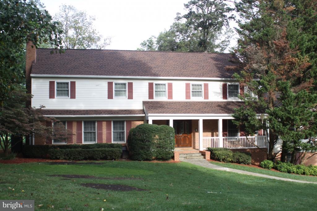 Einfamilienhaus für Verkauf beim 3516 Cornell Road 3516 Cornell Road Fairfax, Virginia 22030 Vereinigte Staaten