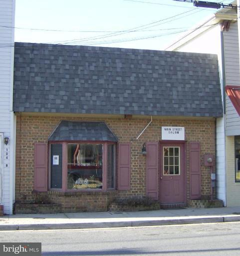 Commercial for Sale at 104 Main St S Greensboro, Maryland 21639 United States