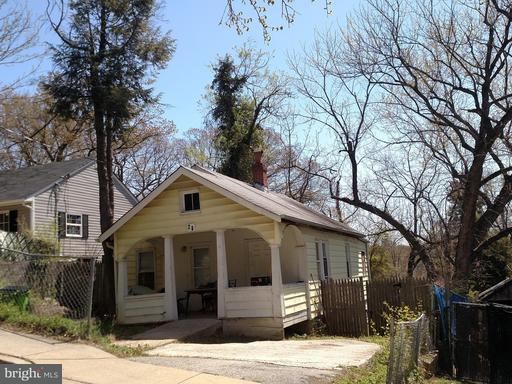 Property for sale at 25 Akin Ave, Capitol Heights,  MD 20743