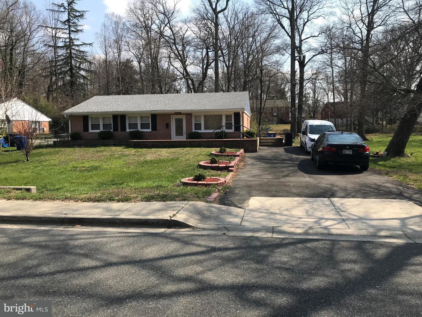 Single Family for Sale at 6311 Woodland Rdng Morningside, Maryland 20746 United States