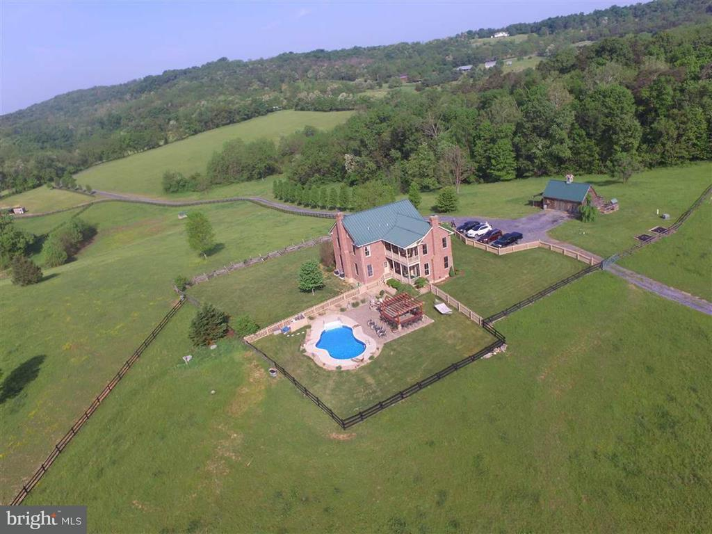 Farm for Sale at 132 Ridge Rd Timberville, Virginia 22853 United States