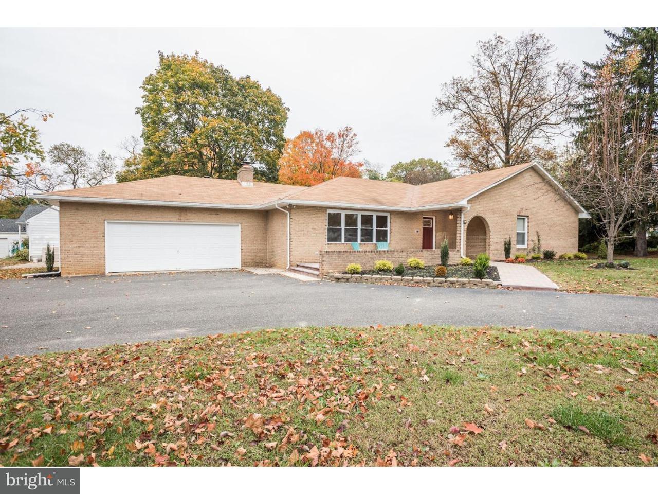 Tek Ailelik Ev için Satış at 500 MANOR Road Cinnaminson Township, New Jersey 08077 Amerika Birleşik Devletleri