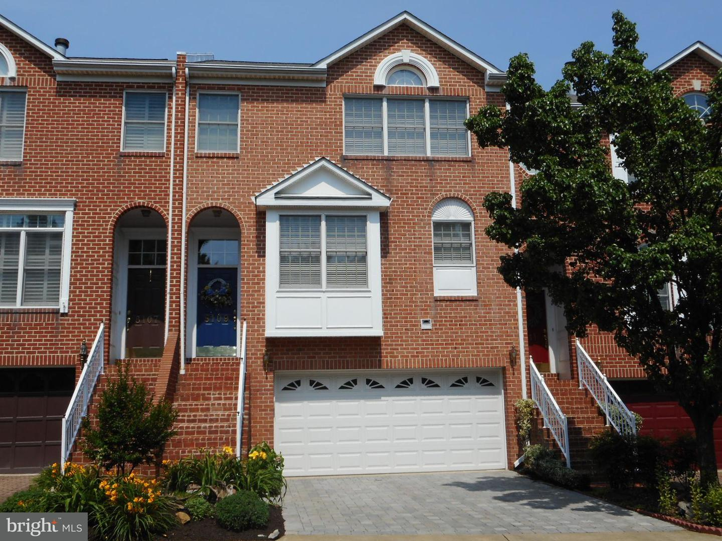 Other Residential for Rent at 8109 Madrillon Ct Vienna, Virginia 22182 United States