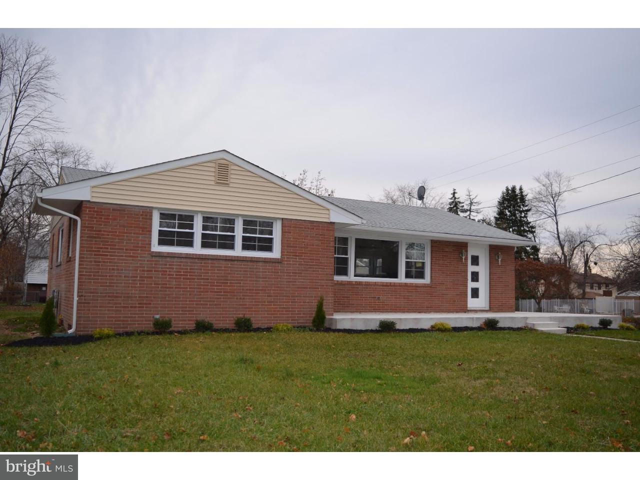 Casa Unifamiliar por un Venta en 219 HARMONY Road Gibbstown, Nueva Jersey 08027 Estados Unidos