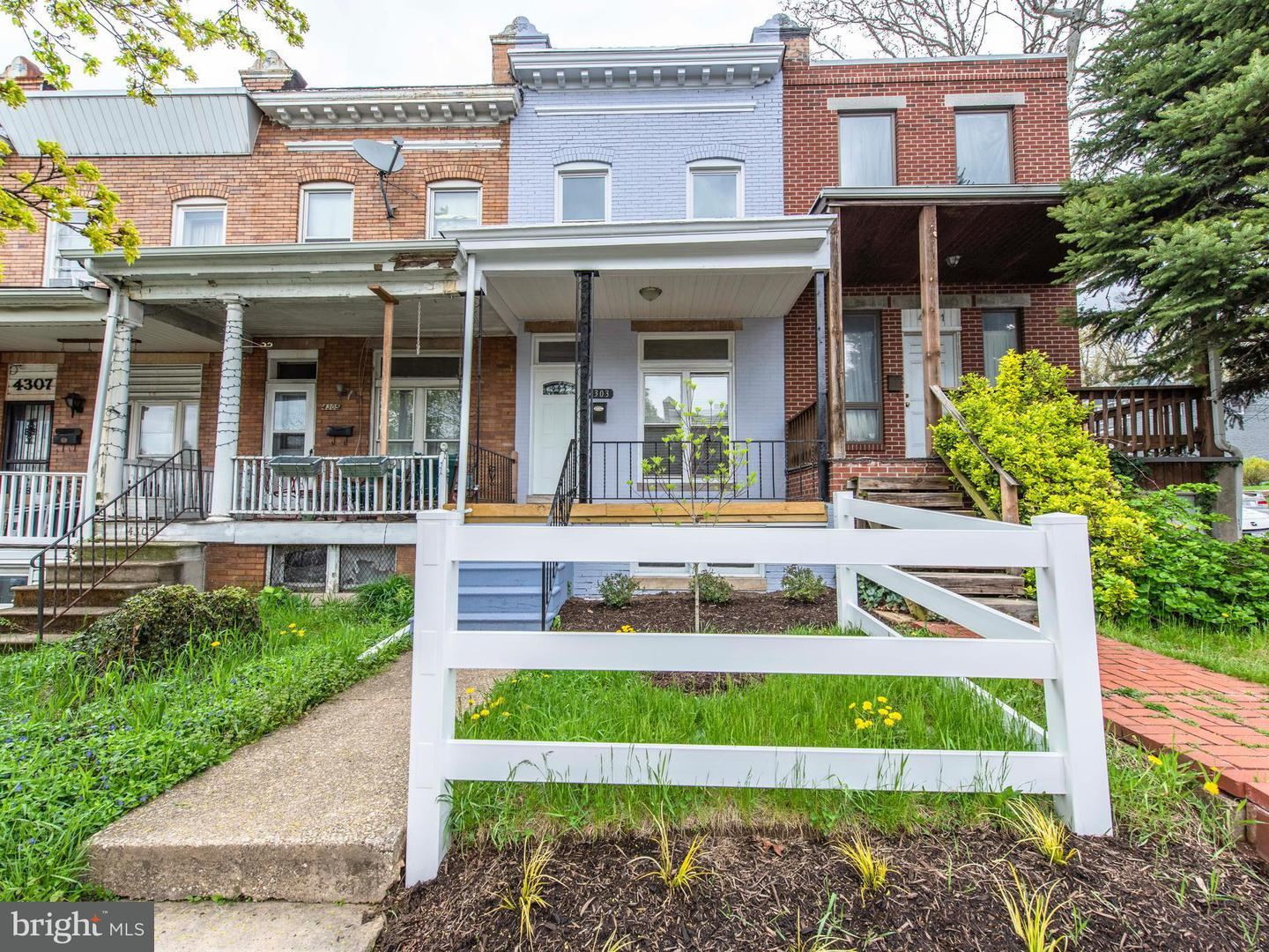 Single Family for Sale at 4303 Falls Rd Baltimore, Maryland 21211 United States