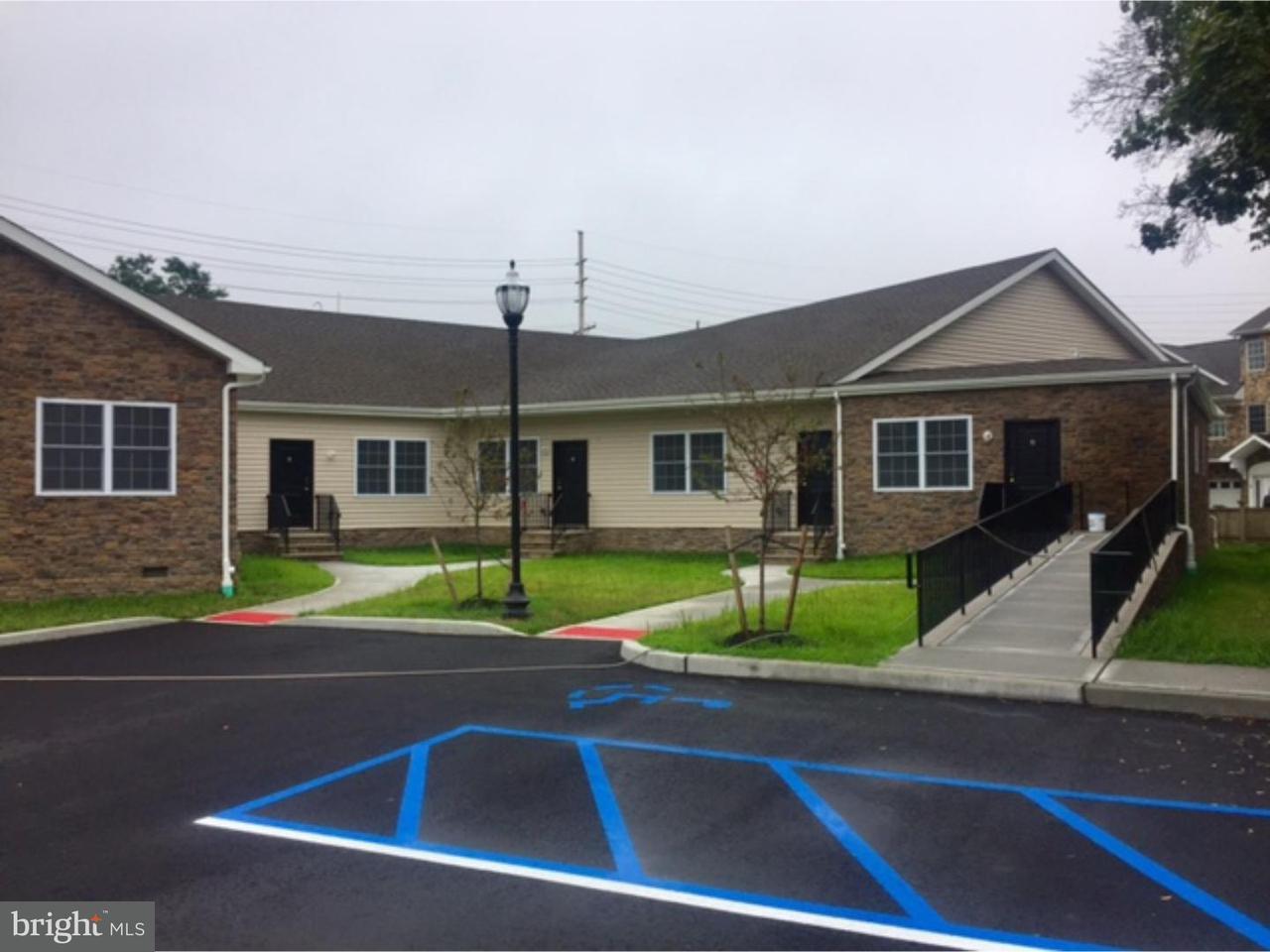 Casa Unifamiliar por un Alquiler en 132-134 WILLIAM Street Hightstown, Nueva Jersey 08520 Estados UnidosEn/Alrededor: Hightstown Borough