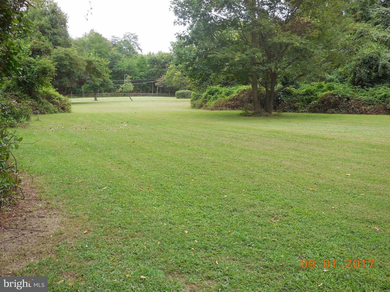Land voor Verkoop een t 5532 Summit Street 5532 Summit Street Centreville, Virginia 20120 Verenigde Staten