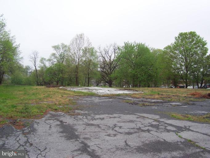 Land for Sale at 2313 Middle Rd Winchester, Virginia 22601 United States