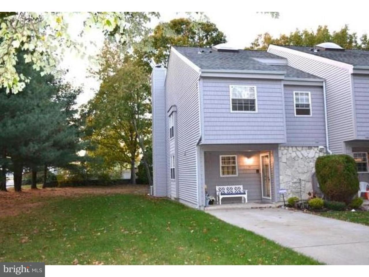 Casa unifamiliar adosada (Townhouse) por un Alquiler en 11 HARBOR Drive Hammonton, Nueva Jersey 08037 Estados Unidos