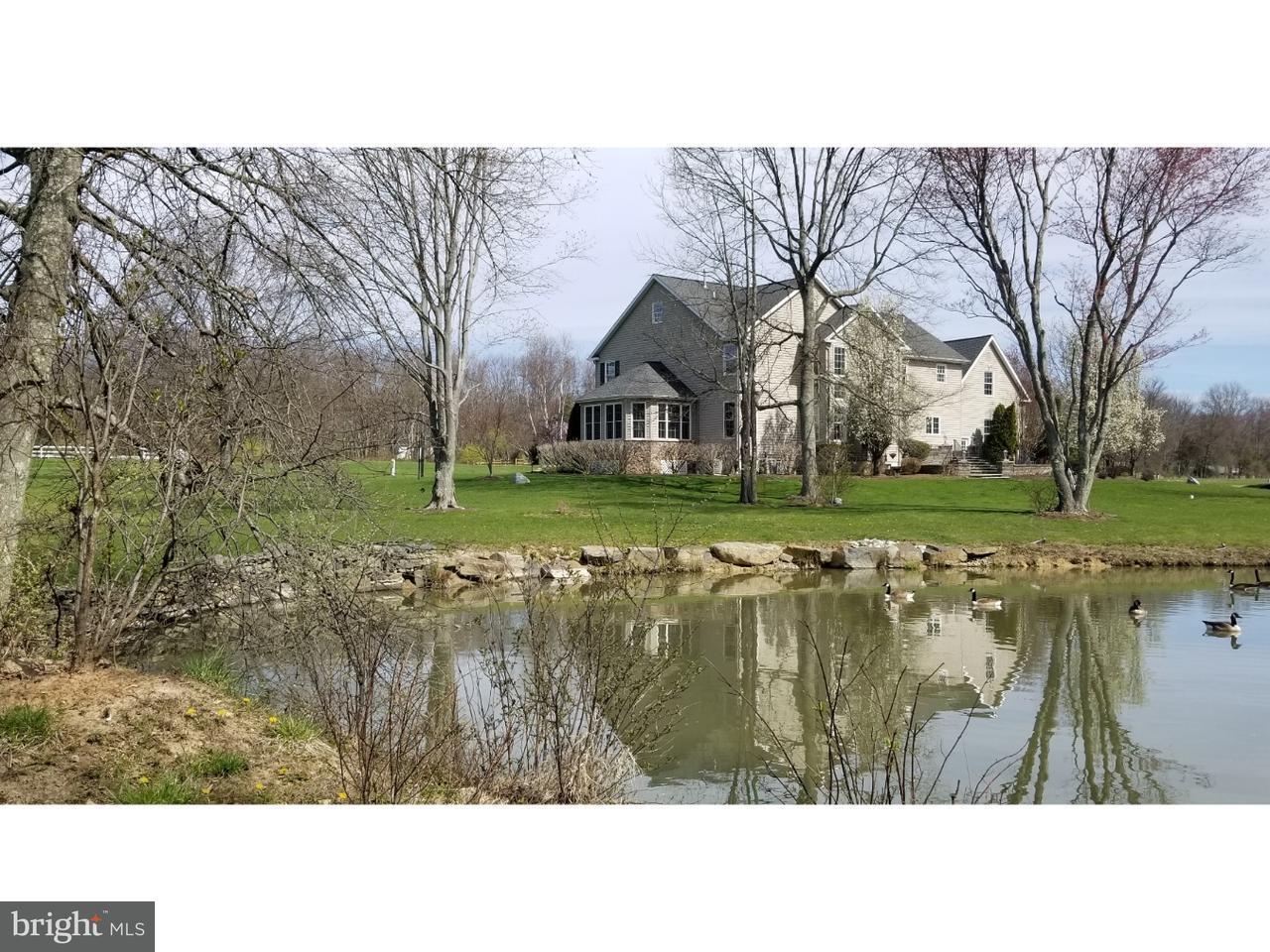 Maison unifamiliale pour l Vente à 8B CORSALO Road Lambertville, New Jersey 08530 États-UnisDans/Autour: West Amwell Township