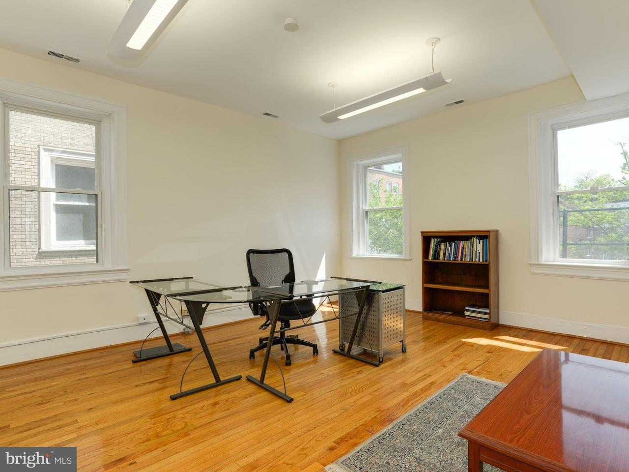 Additional photo for property listing at 1609 22nd St Nw 1609 22nd St Nw Washington, District Of Columbia 20008 United States