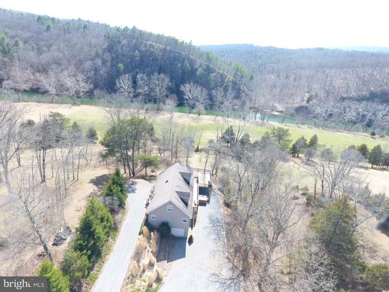 Single Family for Sale at 290 White Oak Trl Paw Paw, West Virginia 25434 United States