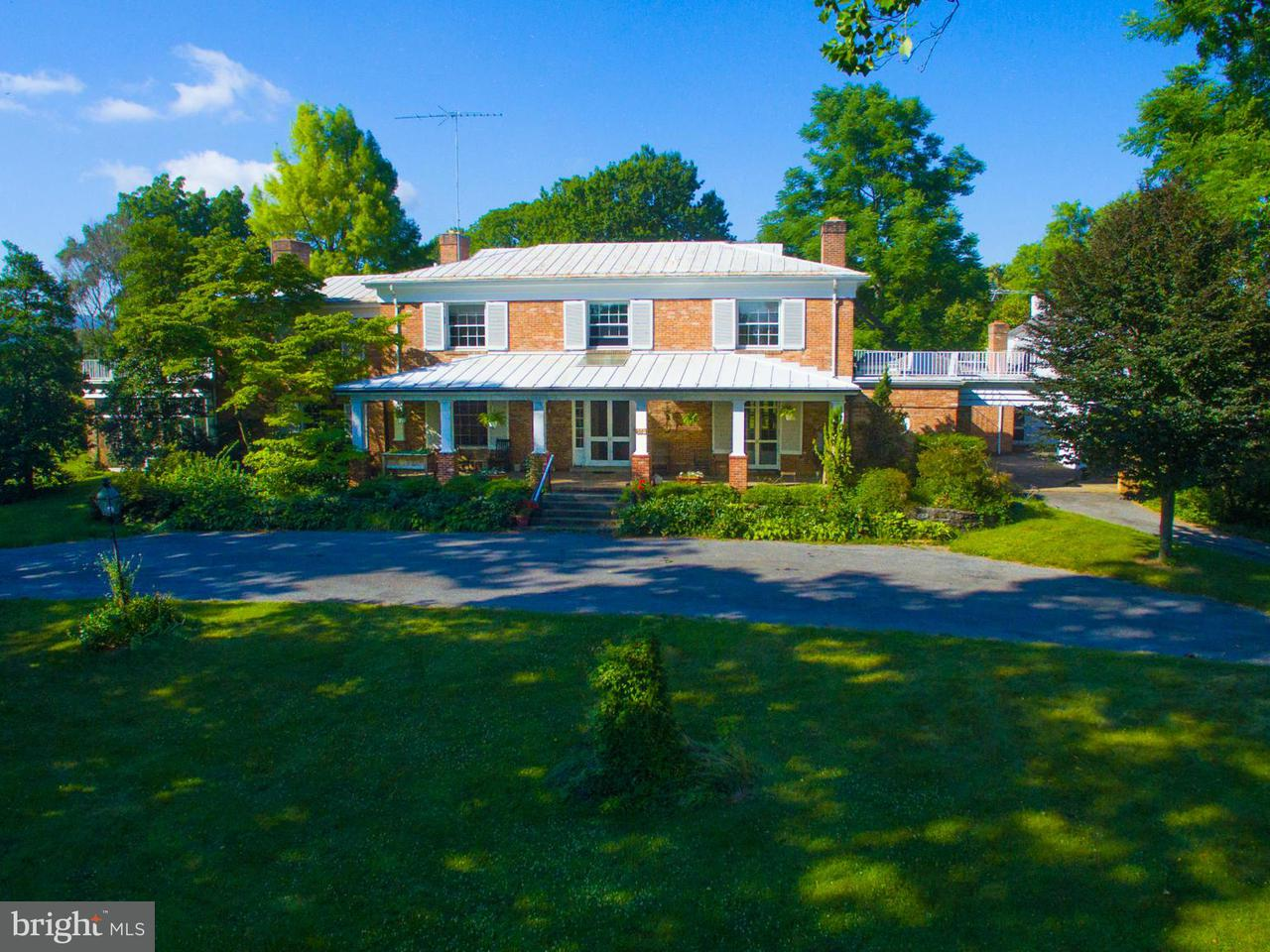 Additional photo for property listing at 466 Montana Hall Ln S 466 Montana Hall Ln S White Post, Virginia 22663 Estados Unidos