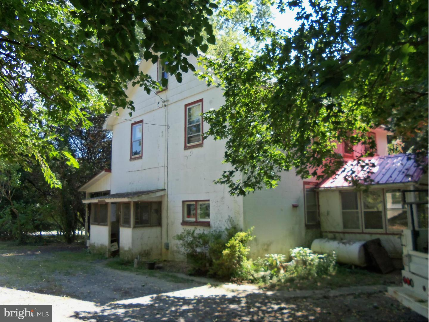 Single Family for Sale at 401 Main St Betterton, Maryland 21610 United States