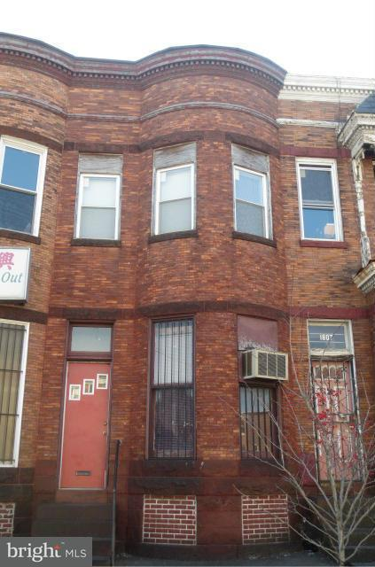 Commercial for Sale at 1805 North Ave W Baltimore, Maryland 21217 United States