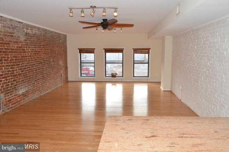 Additional photo for property listing at 2433 18th St NW #2  Washington, District Of Columbia 20009 United States