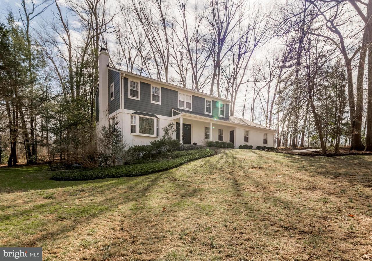 Single Family Home for Sale at 1101 Marlene Lane 1101 Marlene Lane Great Falls, Virginia 22066 United States