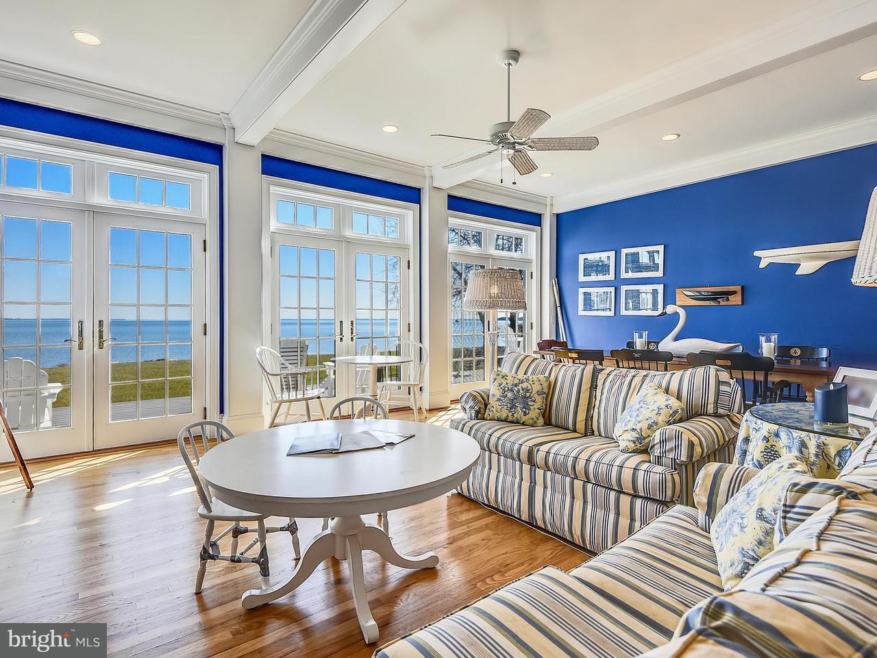 独户住宅 为 销售 在 21493 Island Club Road 21493 Island Club Road Tilghman, 马里兰州 21671 美国