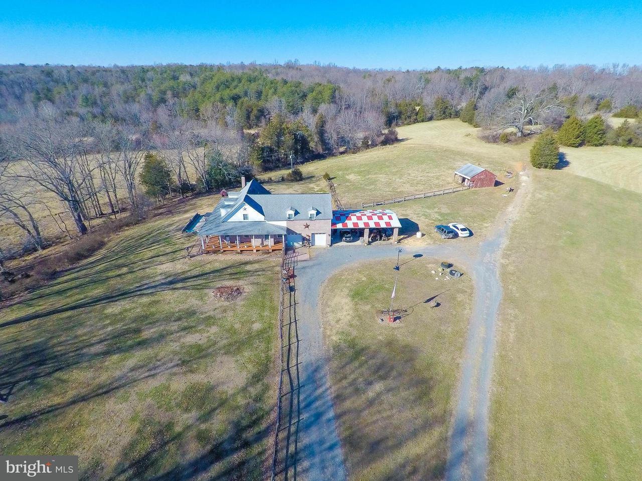 Farm / Hof für Verkauf beim 3386 Tinsley Mill Road 3386 Tinsley Mill Road Burr Hill, Virginia 22433 Vereinigte Staaten