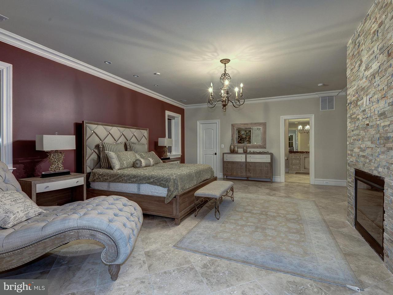 Additional photo for property listing at 938 Peacock Station Road 938 Peacock Station Road McLean, Virginia 22102 United States