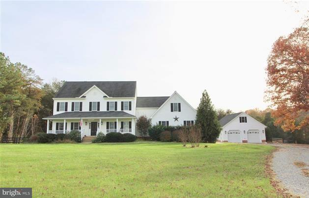 Single Family Home for Sale at 59 Andrews Crossing Drive 59 Andrews Crossing Drive Louisa, Virginia 23093 United States