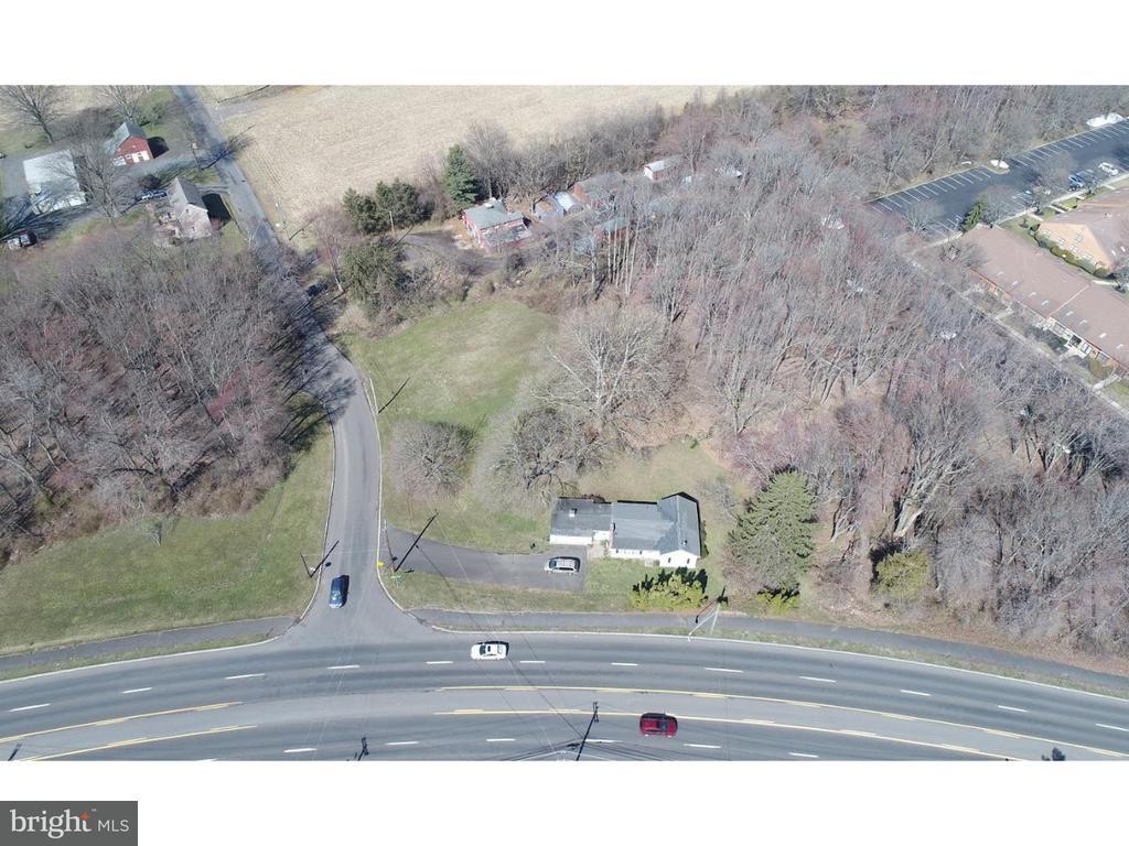 1648  DOBRY ROAD, Yardley, Pennsylvania